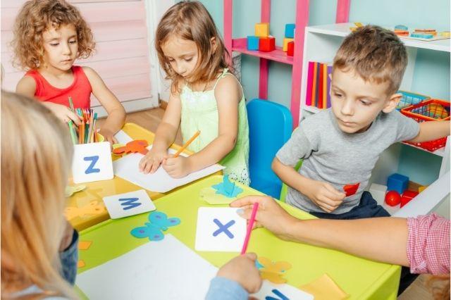 Bebeklerde Yabancı Dil Eğitimi Ne Zaman Başlamalı?