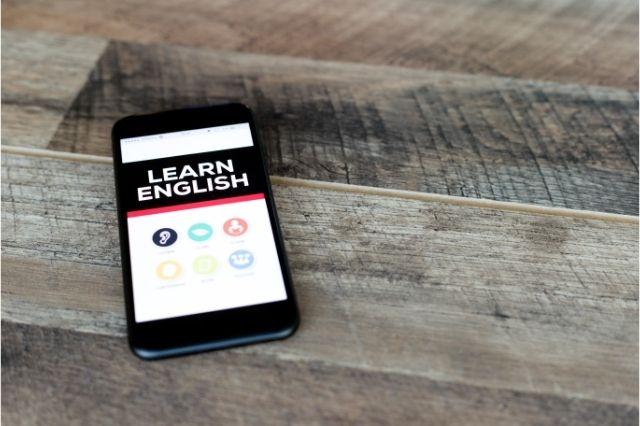 Pratik İngilizce Öğrenme Yöntemleri